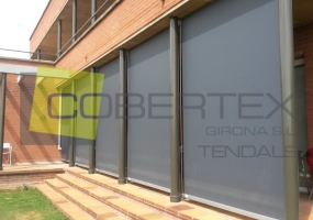 cortines o telons exteriors verticals